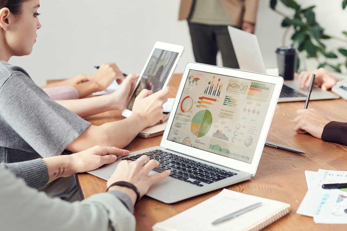 Плюсы и минусы работы в агентстве интернет-маркетинга